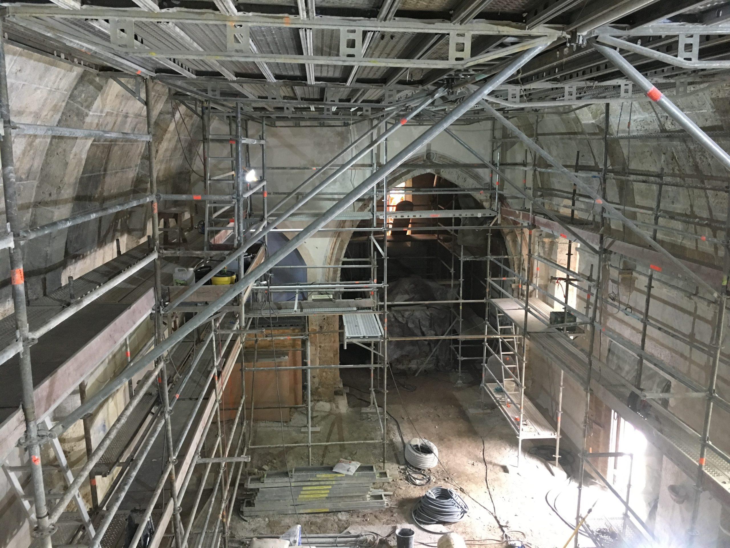 Restauration nef église 05 classée MH