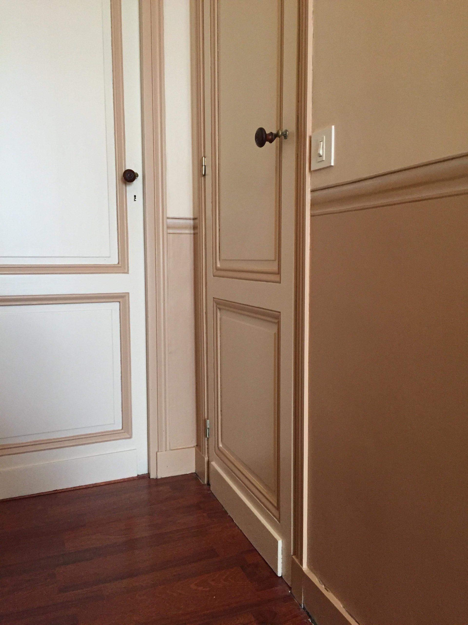 Peinture couloir avec fausse moulure