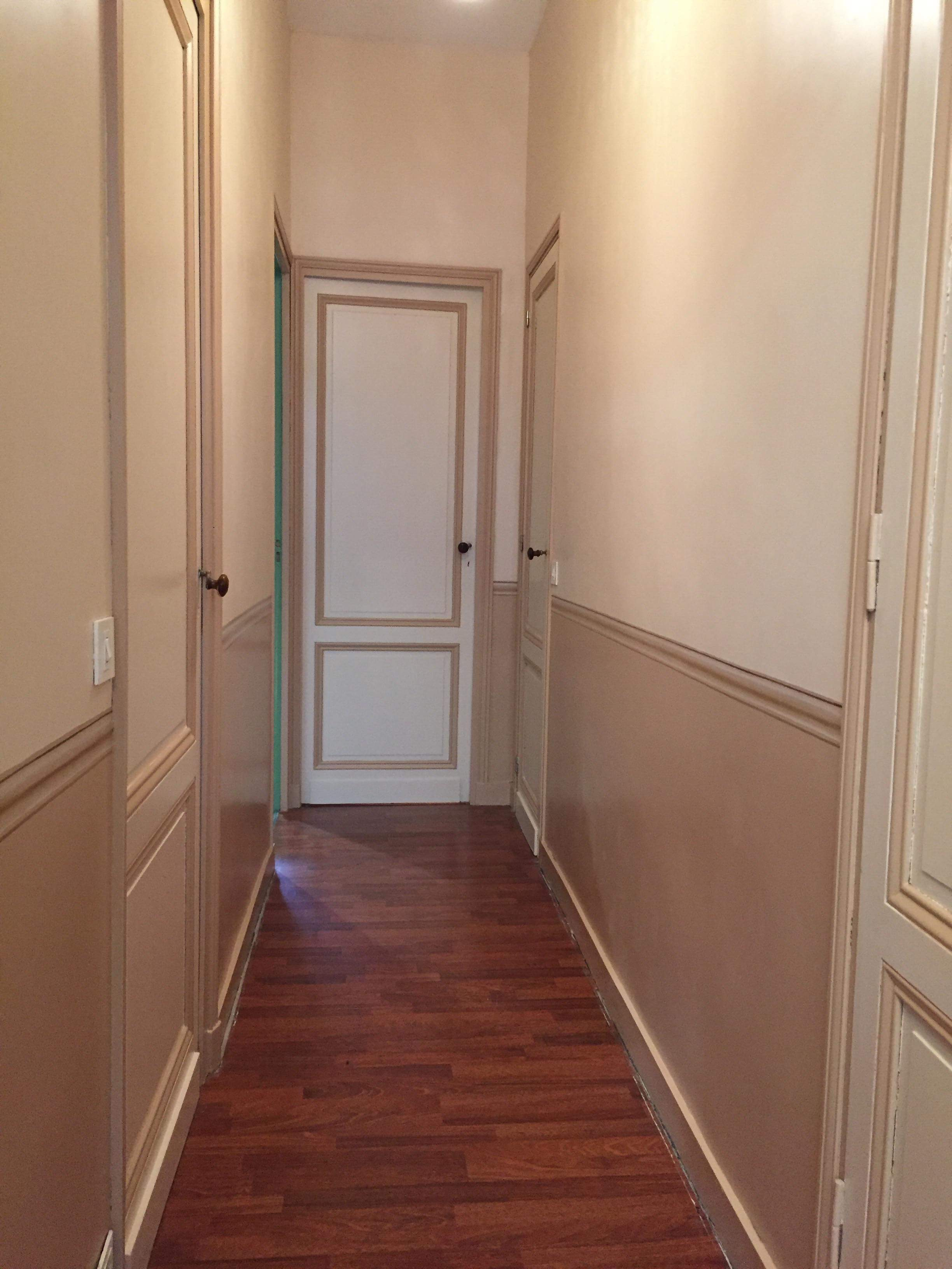 Peinture couloir avec fausse moulure 2